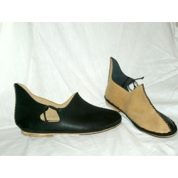 zapato-medieval-negro