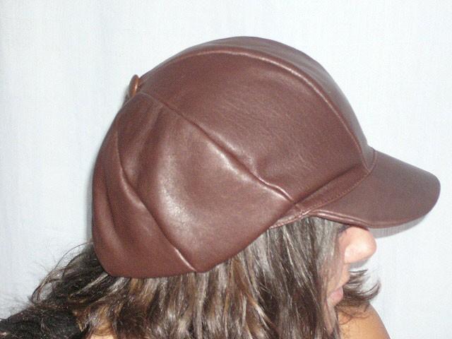 Boina de piel Caída marrón - El Taller de la Rosa 6ae6f8ae237
